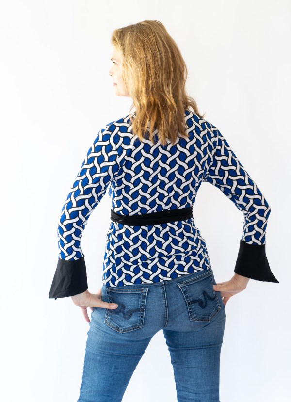 Tracy Gold Collection electric blue top back
