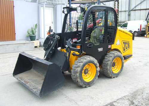 Pay For JCB ROBOT 160,170,180T Skid Steer Loader Service