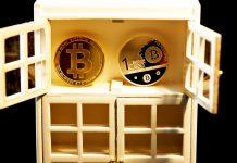 Bitcoin BTC šatník