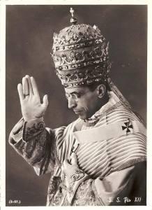 Pope-Pius-XII_1958