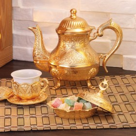 Vintage Style Zinc Casting Tea Pot Gold Color