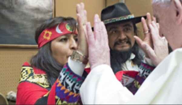 Francis bendecido por bruja india 2