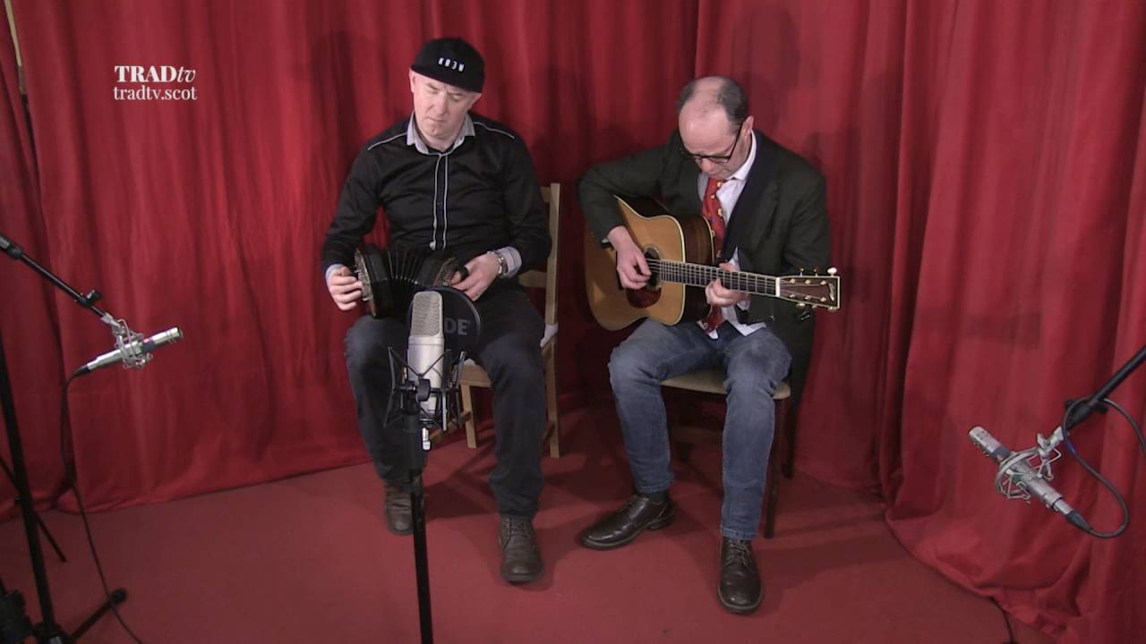 Simon Thoumire and Ian Carr Perform Da Fashion O Da Lassies & Christmas Day In The Morning