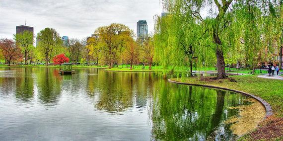 Boston Public Garden (Rick Harris, Creative Commons)