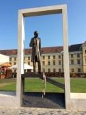 An interesting sculpture of an important man (10-31-14)