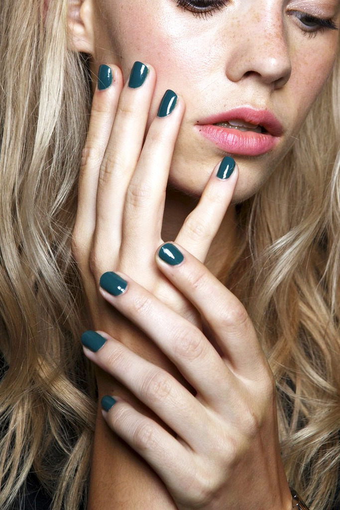 Le-Fashion-Blog-Teal-Nail-Polish-Manicure-Backstage-Beauty-Karen-Walker-SS-2015