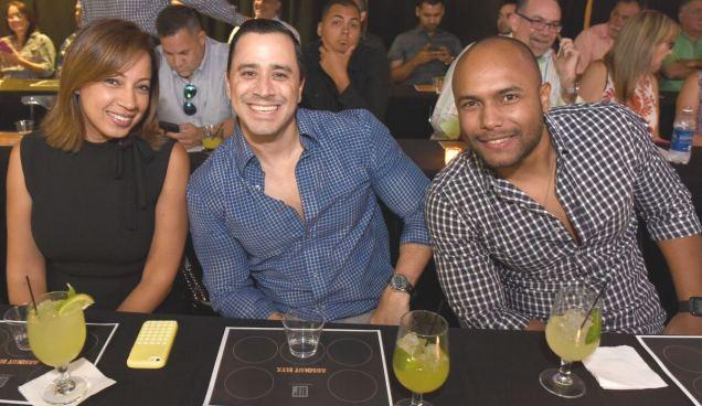 Betty González, Eric Perlioni e Iván