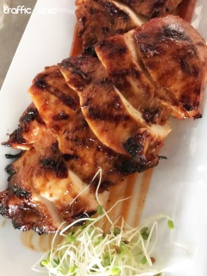 Massachusetts BBQ Chicken marinado por 48 horas en una receta familiar