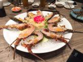 新鮮龍蝦對半
