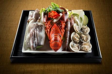 名家 - Korean Style Lobster Hot Pot