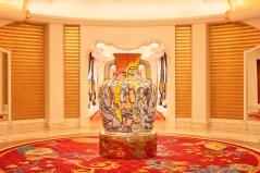 34_Wynn Palace_Art_Viola Frey Amphora