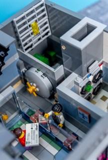 Lego Modular Building_Brick Bank_3