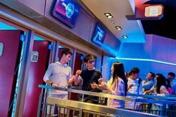 Hong Kong Disneyland_Iron Man Experience_Queue_with model (1)