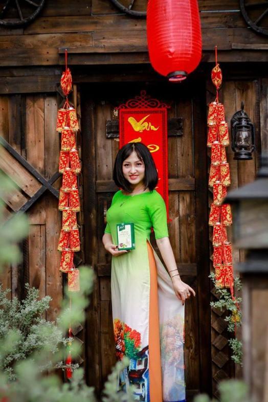 cô ấy thật xinh đẹp với trà thảo mộc giảm cân hera