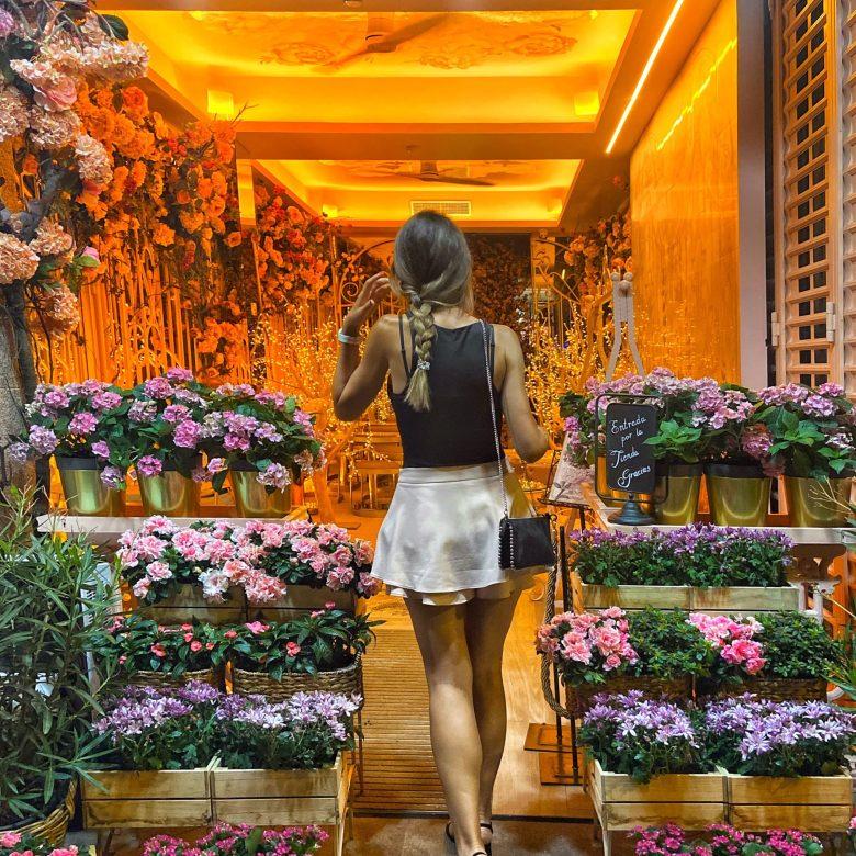 Terraza restaurante saludable. Madrid.Bloom