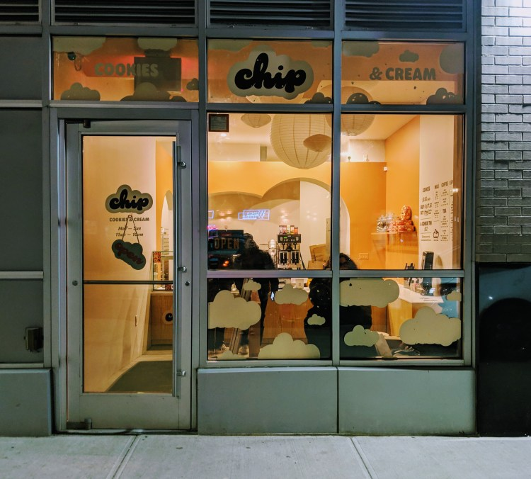 Chip's storefront