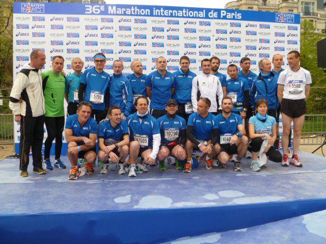 Photo de la Team Asics Presse au Marathon de Paris 2012