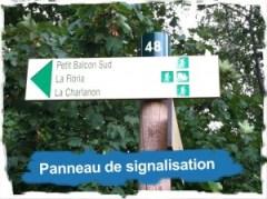Vallée du trail: panneau de signalisation