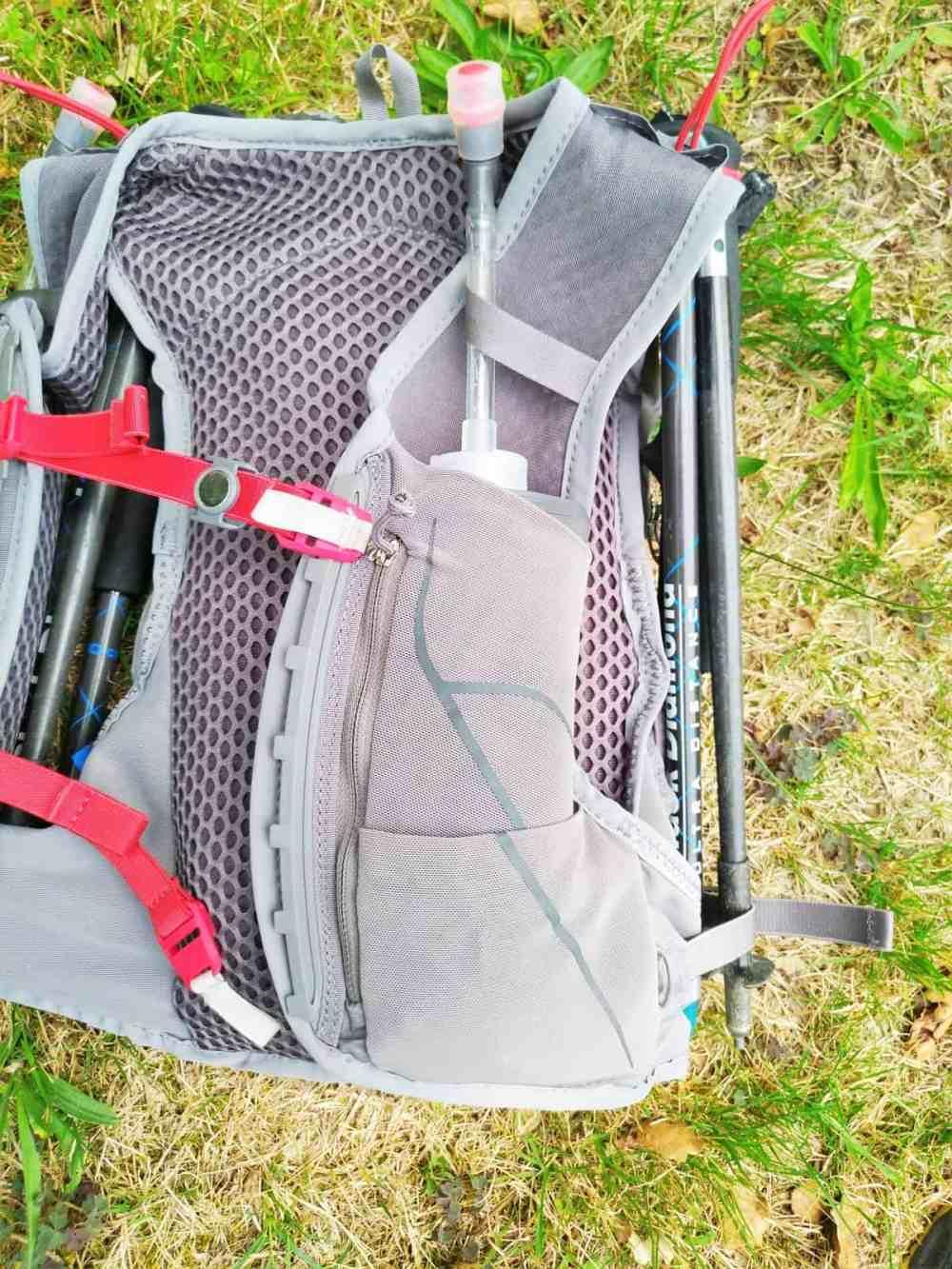 Gourde/flasque et attache-bretelles du sac osprey duro 6