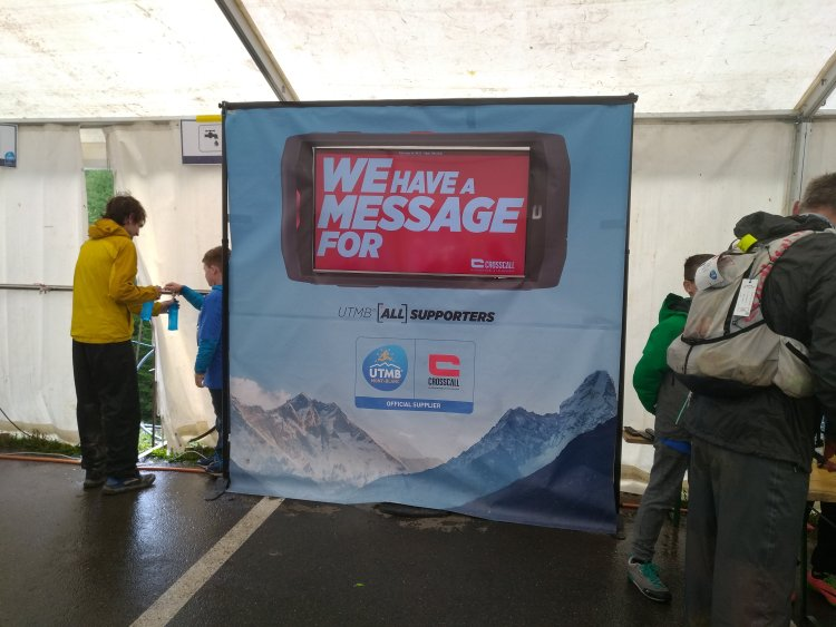 UTMB - La FOuly - We Have a message for you - Crosscall