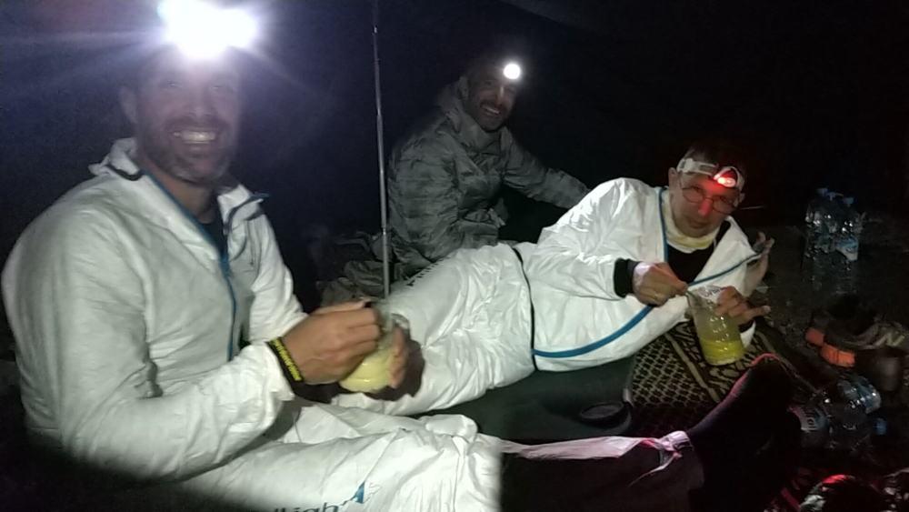 MDS: le repas convivial sous la tente