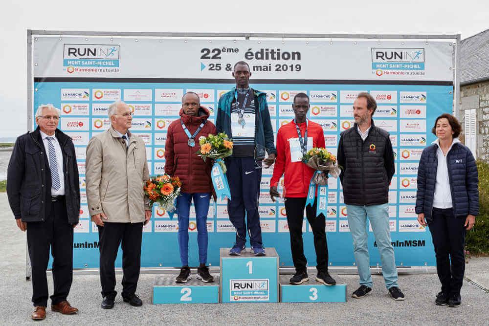 Podium hommes du Marathon du Mont Saint-Michel