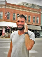 hal koerner on the phone ready for hardrock 100