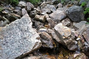 picture of boulders and running water