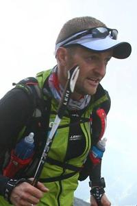 Tonni Bager løber i bjergene