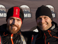 Torben Tronborg Beck og Jakob Lunøe i vintersolen på Mols. Foto: VUMB