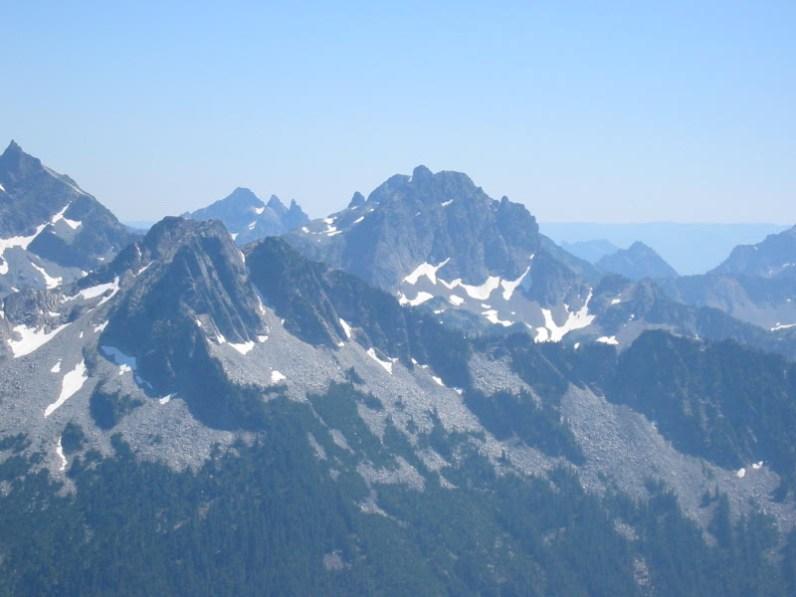 Three Queens and Chikamin Peak