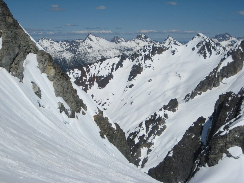 Methow Mountains and Kitling Peak From NE Kimtah Col