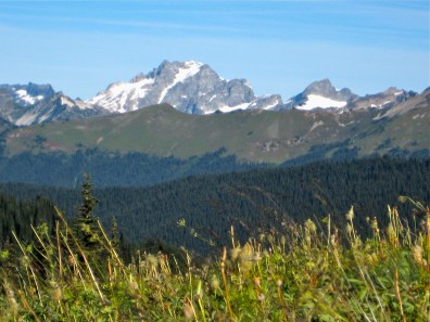Dome Peak and Miners Ridge From High Pass Trail