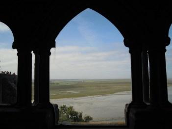 回廊から見た外の景色