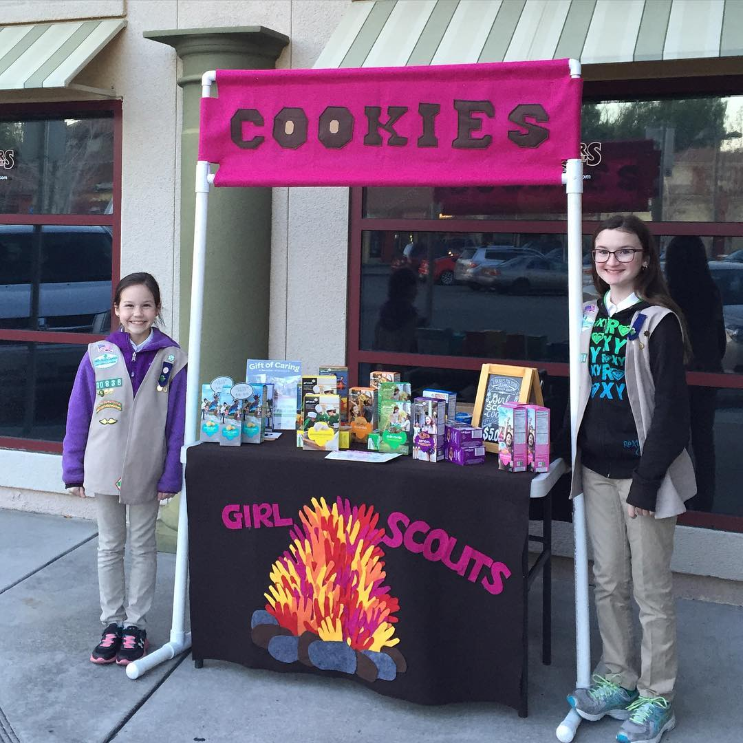 Outdoor Themed Cookie Booth