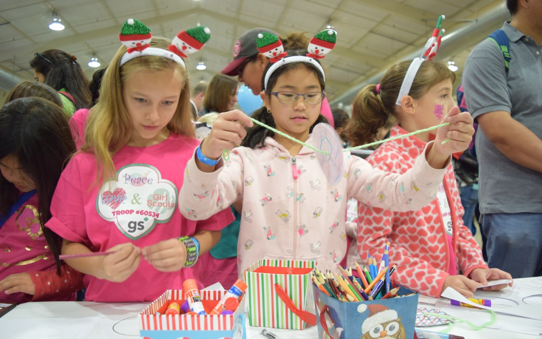 Homemade Holiday Traditions for Your Troop