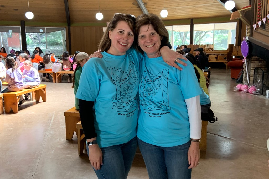 Service Unit Volunteers: Lisa and Cindy