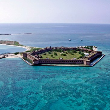 Best Day Hikes in Dry Tortugas National Park