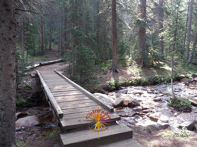 Crags Trailhead to Pikes Peak summit hiking up through devils playground