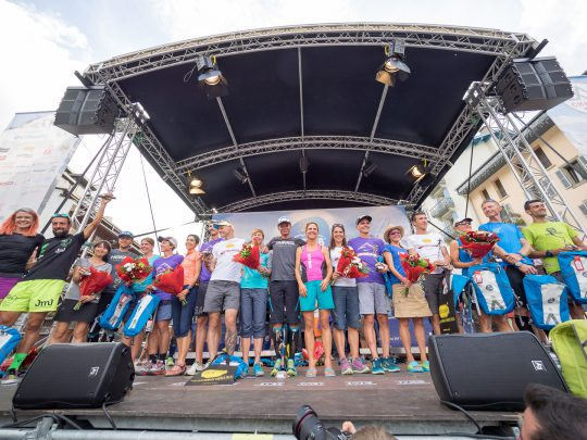 Podium_UTMB-FInish-20160828-P8281837-2