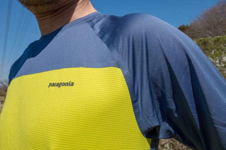 袖や身頃の上半分はメッシュ素材。生地の切り替え部分は超音波接合でシームレス。
