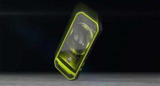 国内で入手できるスマートフォンの中では最も高い堅牢性を持つ製品の一つ