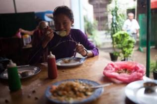 mira rai nepal runner bouddha-11