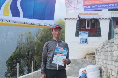 marathon nepal royal penguin namche bazaar 2