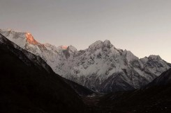 manaslu trail race nepal-2013