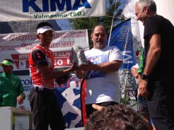 bhim receiving prize