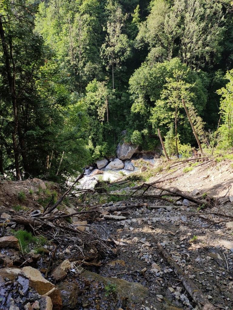 Landslides-4 En route Kheerganga Trek Summit