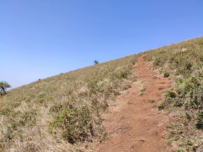 Steep Climb En Route The Peak