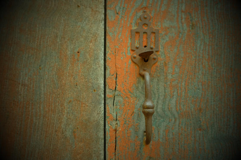 French Doorknob Rust