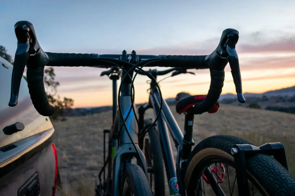 hitch mounted dual bike rack on tacoma